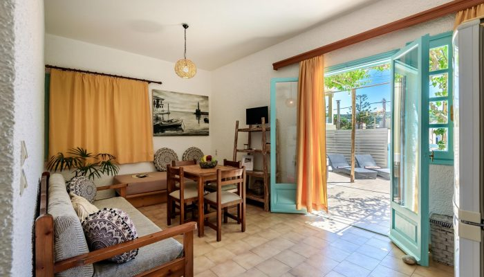 One bedroom apartment with terrace header